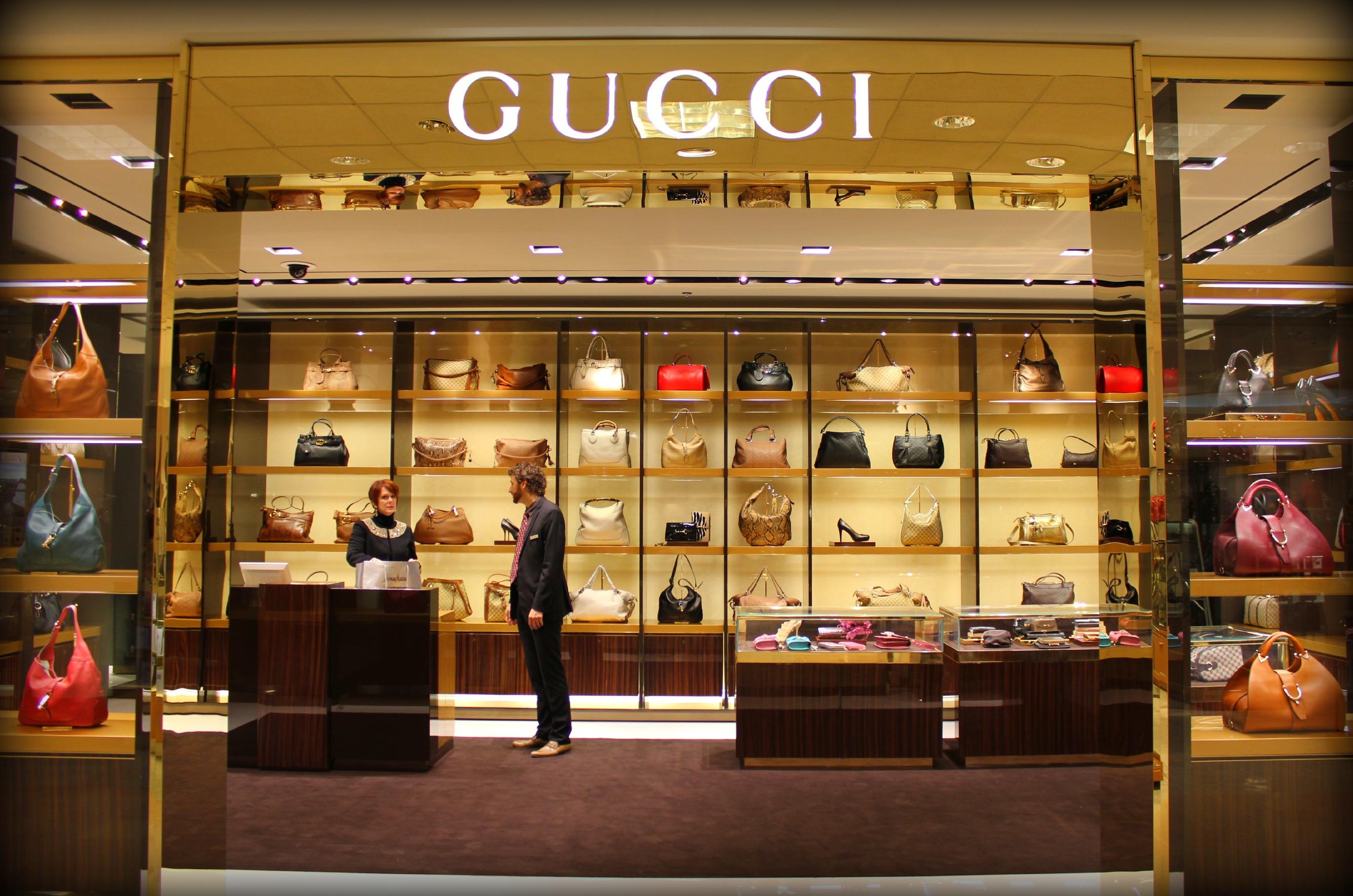 Gucci store interior 2017